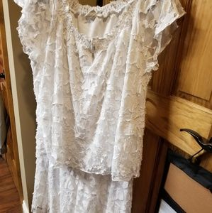 Gorgeous 2 piece lace skirt. EUC.